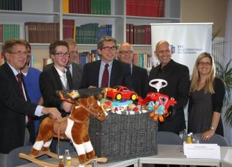 Die Jugendherbergen in Rheinland-Pfalz und im Saarland spenden Spielekorb