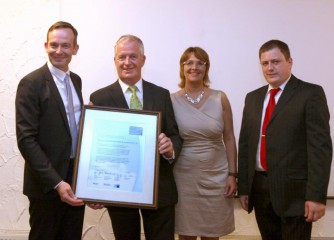 Gutshof-Ziegelhütte überzeugt mit ganzheitlichen Energieeffizienzmaßnahmen / Auszeichnung als erstes Vollhotel in Deutschland