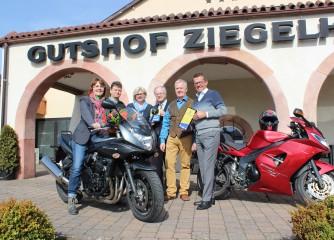 Auszeichnung als motorradfreundliches Hotel – Gutshof Ziegelhütte in Edenkoben / Pfalz