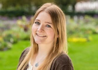 Nadine Müller als Projektmanagerin Social Media (RPT)