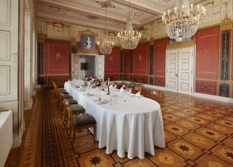 Zu Tisch! Mehr als 2.000 Jahre Genusskultur in Rheinland-Pfalz