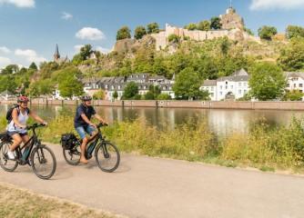 Ihre Meinung zählt: Umfrage zum Thema E-Bikes im Tourismus