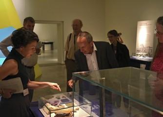 """Kulturminister Prof. Konrad Wolf besuchte anlässlich der Eröffnung der Sonderausstellung """"Spot an! Szenen einer römischen Stadt""""  das Rheinischen Landesmuseum Trier"""