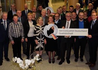 """Dauner Q-Gemeinschaft für weitere 3 Jahre als """"QualitätsStadt Daun"""" ausgezeichnet"""