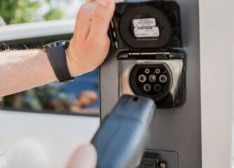 Förderung der Elektromobilität – Hilfe im Förderdschungel kommt vom Lotsen für alternative Antriebe